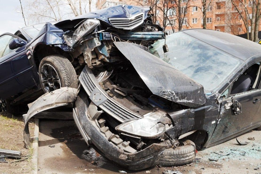 ChattanoogaCarAccidentAttorneysExaminetheFactsofHead OnCollisions