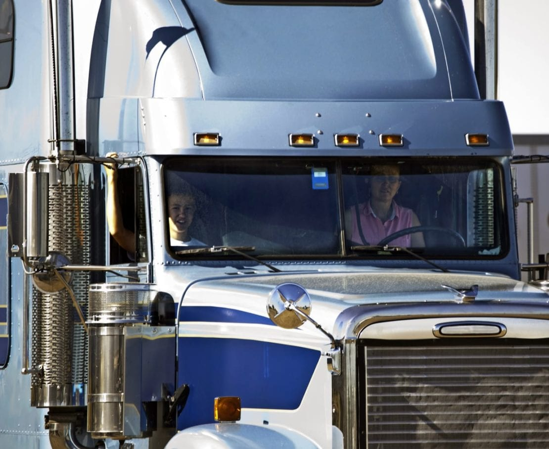 Commercial Trucking & The Rules On Mobile Devices